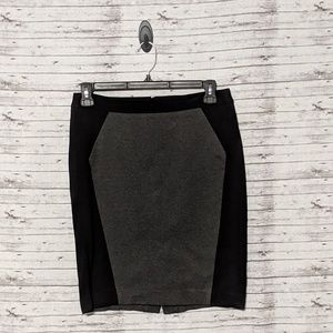 Loft Women's Sz:8 black & gray midi pencil skirt